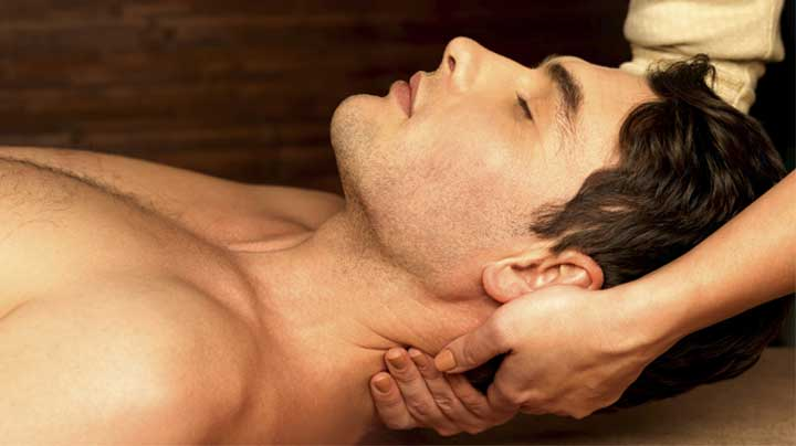 Victoria Massage Neck