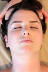 Victoria Head Massage